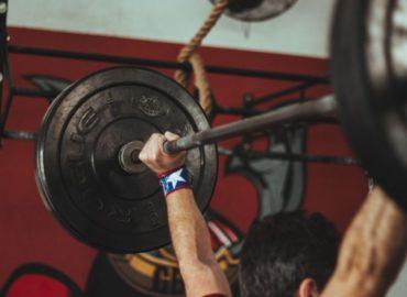 Masa dla trenujących na siłowni